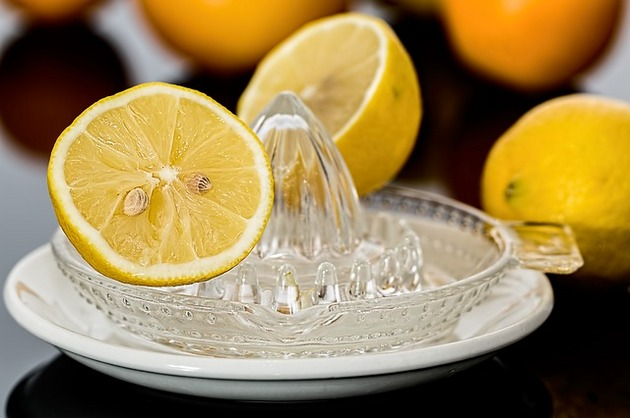 Trucuri din bucătărie – 5 alimente comune şi utilizările lor neobişnuite
