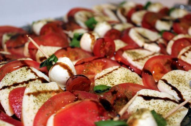 Frigărui cu legume şi mozzarella