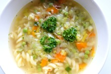 Supă cu paste şi legume