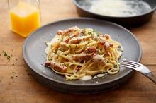 Spaghete cu parmezan şi kaizer
