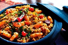 Mâncare cu orez şi creveţi