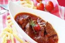 Mâncare cu carne de vită