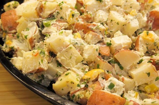 Salată de cartofi