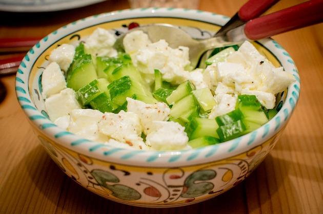 Salată simplă, din 3 ingrediente
