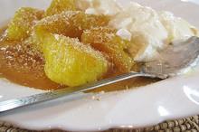 Ananas cu sirop și iaurt