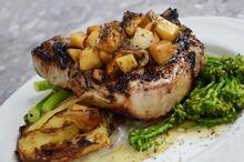 Friptură de porc cu broccoli