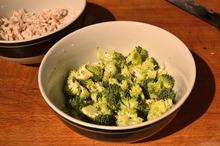 LEACURI DIN GRĂDINĂ: Broccoli