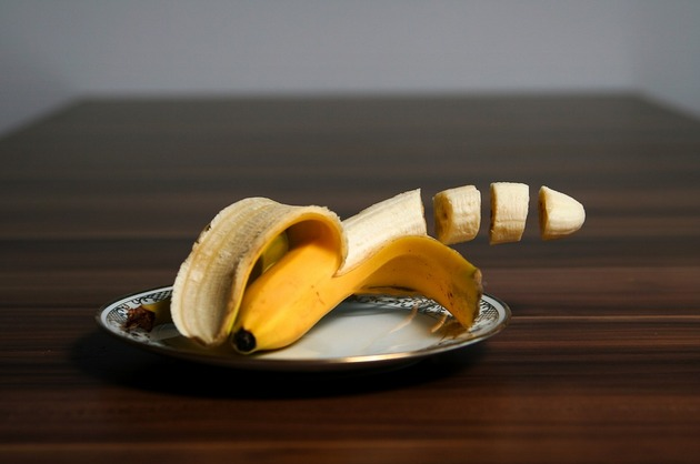 Banane la micul dejun, o idee cât se poate de proastă (doctor Daryl Gioffre)
