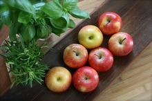 Fructele proaspete asigură protecția împotriva crizelor cardiace și a atacurilor vasculare cerebrale (studiu)