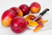 LEACURI DIN GRĂDINĂ: Mango