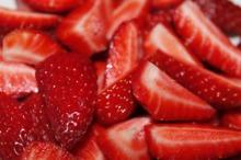 Consumul de căpșuni poate preveni sau ajuta la tratarea ulcerului