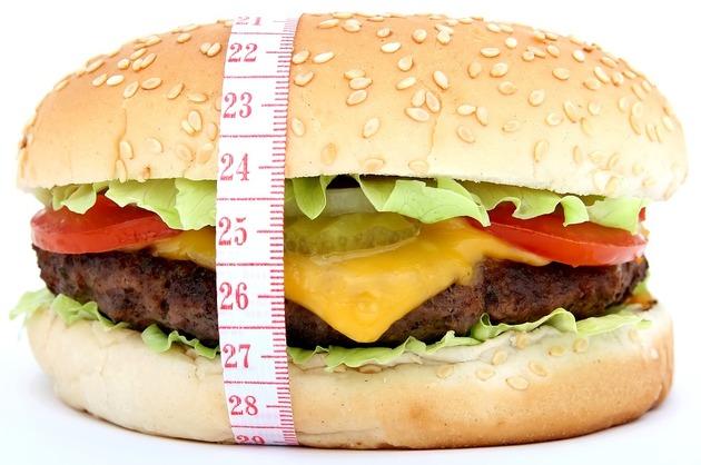 Aproape fiecare a treia persoană din lume este supraponderală sau obeză (studiu)