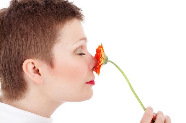 Simțul olfactiv este asociat cu metabolismul - studiu