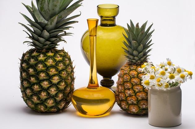 REȚETE VECHI DE 100 DE ANI: Dulceață de bucățele de ananas și Sirop de ananas