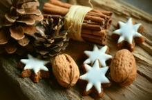 Reţete vechi de 100 de ani: Budincă de Crăciun şi Steluţe de ciocolată pentru pomul de Crăciun