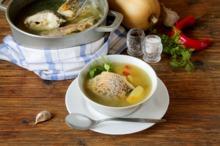 REŢETE VECHI DE 100 DE ANI: Borş cu peşte şi Crap delicios de la Nissa