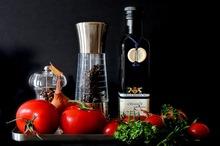 Dieta mediteraneană reduce riscul de cancer la prostată (studiu)