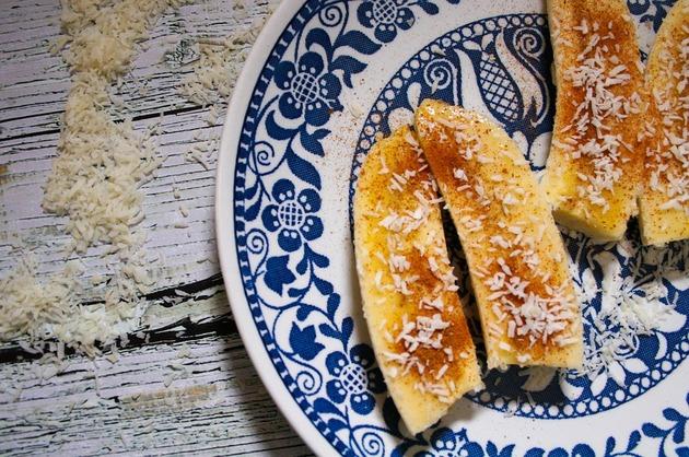 Desert cu banane şi scorţişoară