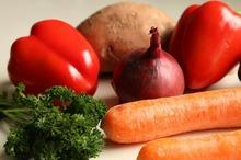 Sfaturi culinare – avem voie să adăugăm apă în timpul fierberii legumelor?