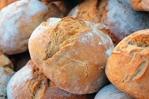 Ce se întâmplă când renunţi la gluten? – Beneficii şi reacţii adverse