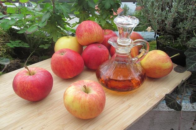 Oţet de mere – beneficii şi 3 reţete eficiente
