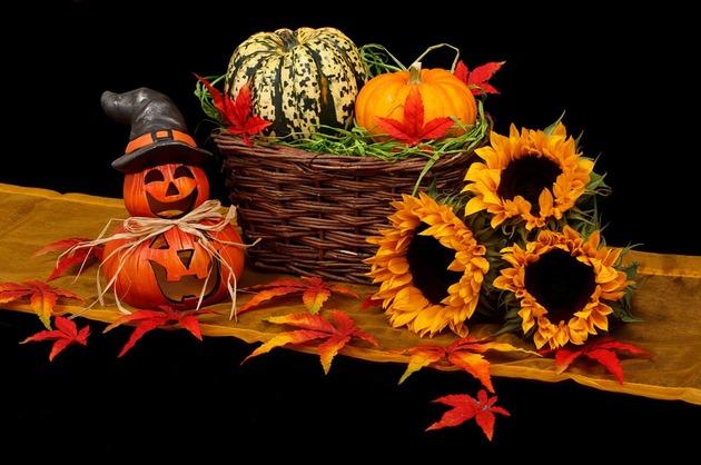 Noaptea spiritelor bune şi rele: tradiţii şi superstiţii de Halloween