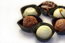 Studiu: Ciocolata, secretul curelor de slăbit