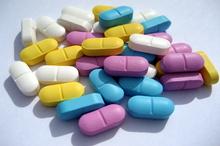 Studiu - prea multe vitamine şi suplimente naturale cresc riscul de cancer