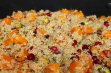 Salată de dovleac, quinoa şi rodie